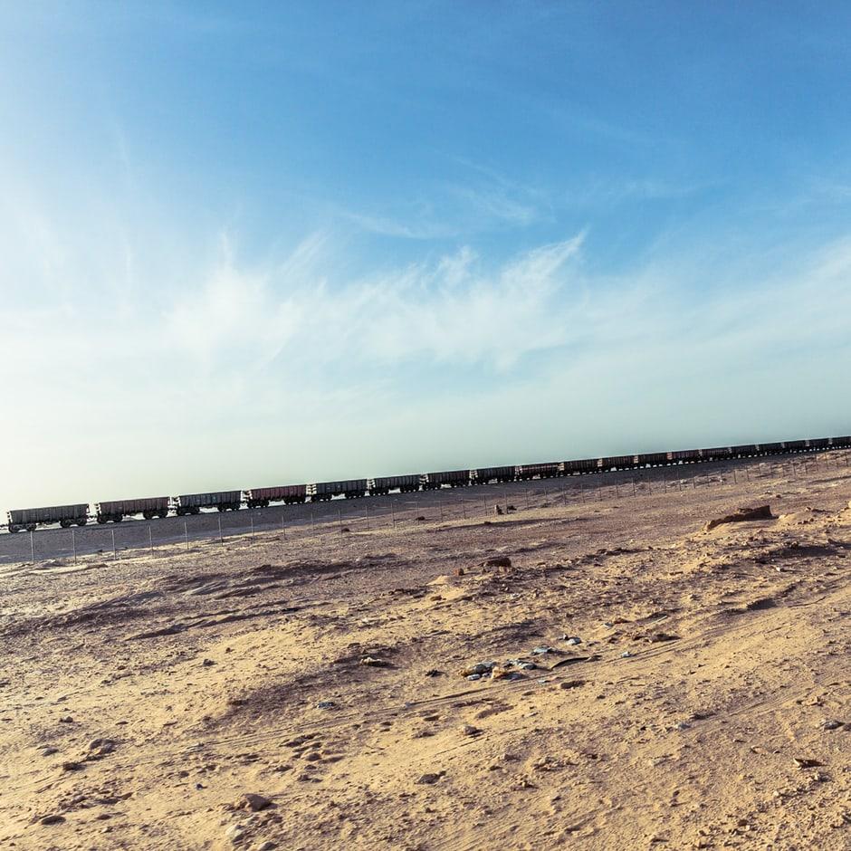 beyond-africa-surf-movie_beyond_mauritania_nouadhibou_133_c_lupi_spuma.jpg