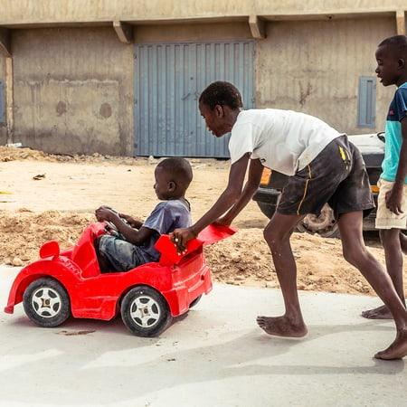 beyond-africa-surf-movie_beyond_mauritania_nouadhibou_035_c_lupi_spuma.jpg
