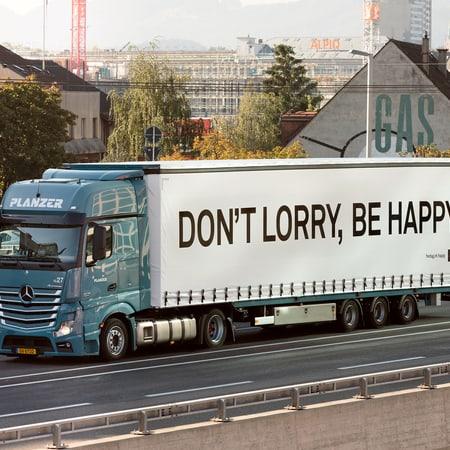 freitag_happy_lorry_peterhauser_highres.jpg