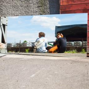 r123_woolf-couple-mirror_sutercaputo_rgb_highres.jpg
