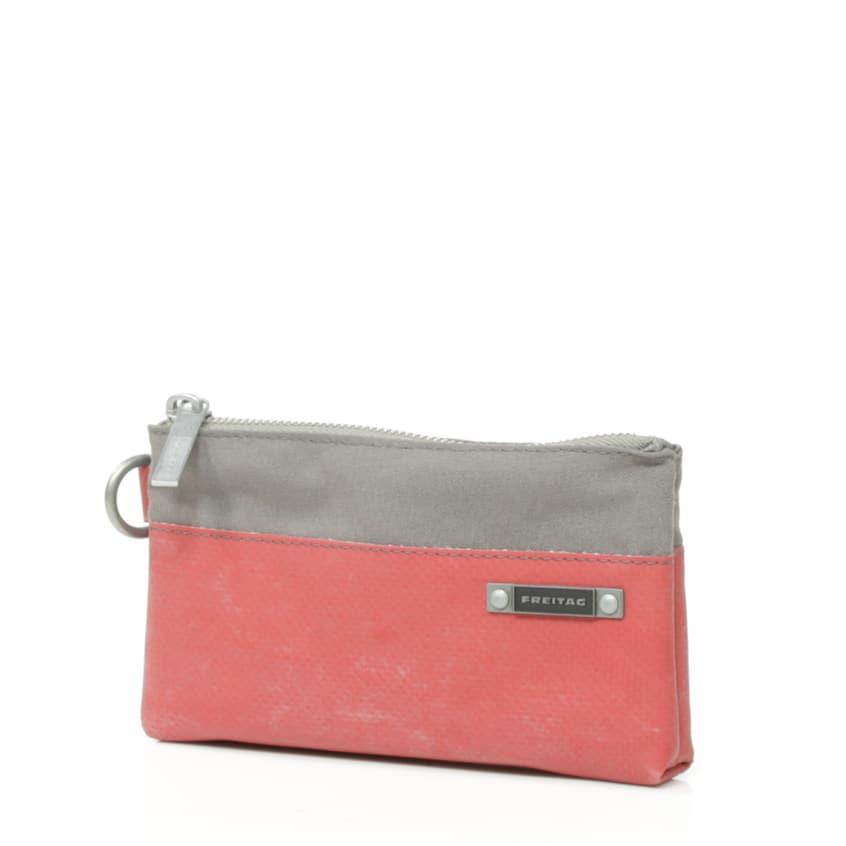 4e2398721c93 Toiletry Bag | FREITAG