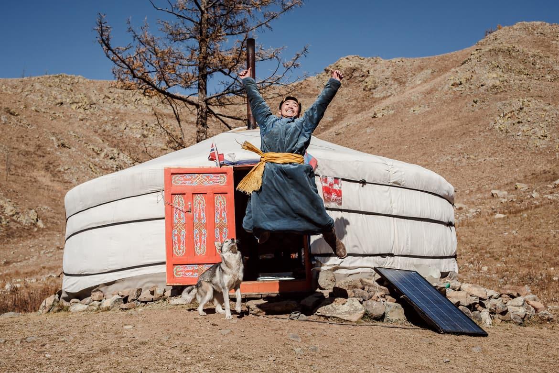 freitag_happiness_jump_mongolia.jpg