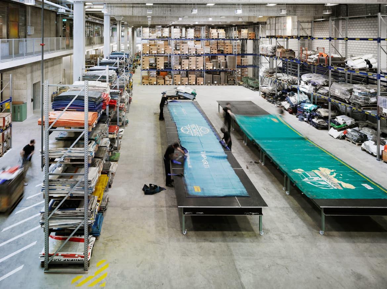 cutting_factory_rolandtaennler.jpg